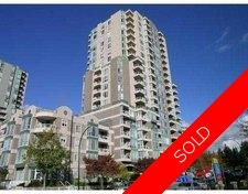Vancouver Apartment for sale: MacGregor  Tower 1 bedroom 574 sq.ft.